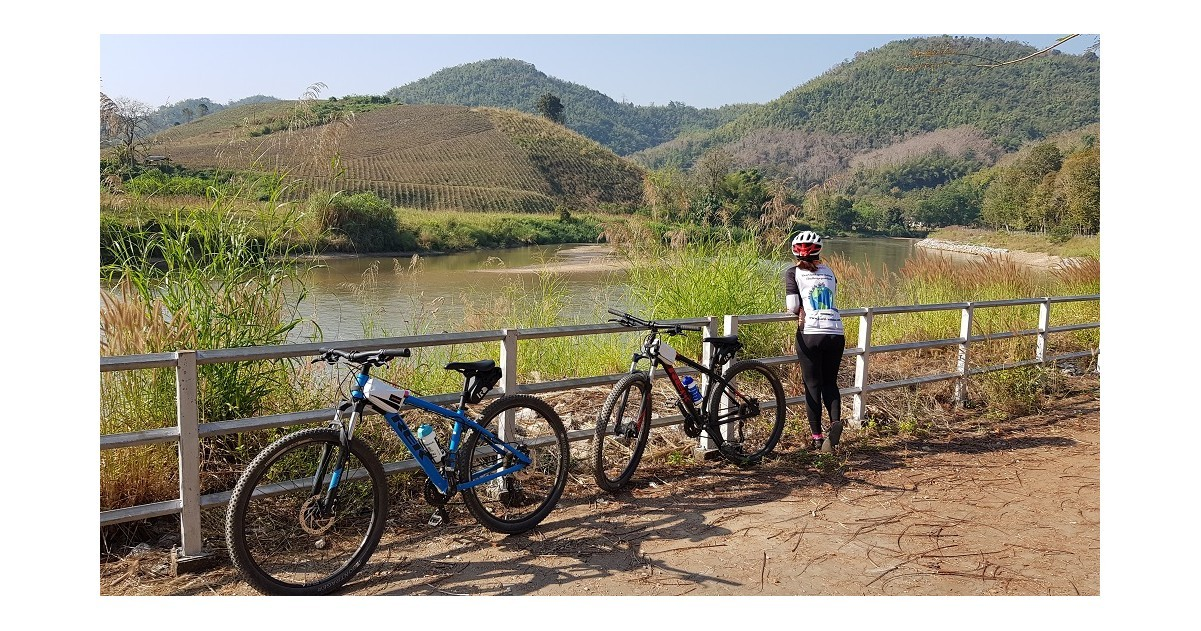 Relaxed Cycling Adventure in Chiang Rai